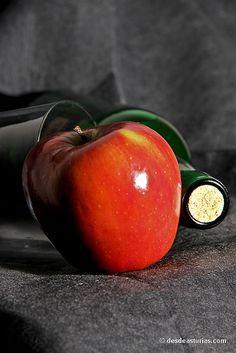 Sidra: la bebida de #Asturias. [Más info] http://www.desdeasturias.com/sidra-la-bebida-de-asturias/