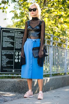 What is worn on the New York Fashion Week: 6 piece (photo 5)