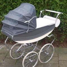 Expert Advice When It Comes To Raising Your Kids Vintage Pram, Vintage Shabby Chic, Silver Cross Prams, Shabby Chic Boutique, Prams And Pushchairs, Dolls Prams, Baby Prams, Baby Carriage, Kids And Parenting