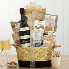 Wine Gift Baskets - Brut Wine Gift Basket Italian Snacks, Lindt Lindor, Wine Gift Baskets, Chocolate Caramels, Wine Gifts, Truffles, Apple, Fruit, Wine Baskets