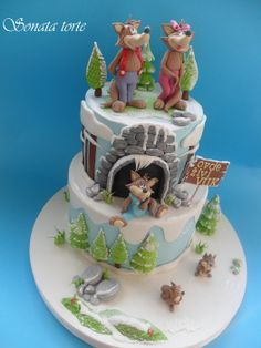 EDITOR'S CHOICE (1/3/2014) A family of wolves by sonatatorte  View details here: http://cakesdecor.com/cakes/105187