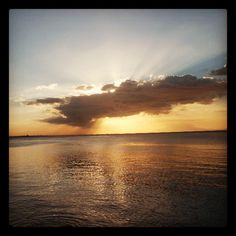 Sunset Over Manila Bay - I never got tired of watching this - (Photo from the Instacanvas gallery of itok_del_mundo.)