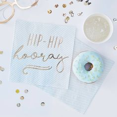 """Ginger Ray Gold & Blue Hip Hip Hooray Lunch Napkins are perfect for holding delicious snacks in style as you and your guests celebrate! These square paper napkins feature pastel blue stripes and a shiny gold """"Hip-Hip hooray"""" message in script. Blue Birthday Parties, Birthday Cup, Up Balloons, Balloon Garland, White Balloons, Balloon Arch, Hip Hip, Pastell Party, Blue Candles"""