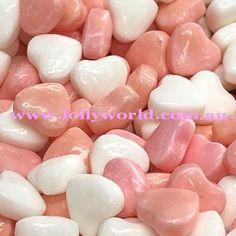 Classic little pez like hearts for wedding bonbonnieres #weddings #bonbonnieres #weddingbuffet #lollybuffet #brisbane #lollies #lollyworld #pink
