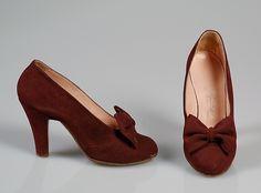 Gorgeous oxblood/burgundy hued Pumps L'Aprili ca. 1945. #vintage #1940s #shoes