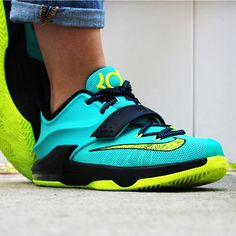 """Kids edition Nike KD 7 """"Uprising"""" in teal and neon. I got theses. Kd Shoes, Youth Shoes, Nike Shoes Outfits, Sock Shoes, Me Too Shoes, Running Shoes, Shoe Boots, Free Shoes, Shoes Men"""