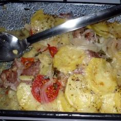 Egy finom Tepsis sertéstarja ebédre vagy vacsorára? Tepsis sertéstarja Receptek a Mindmegette.hu Recept gyűjteményében! Potato Salad, Macaroni And Cheese, Potatoes, Meat, Chicken, Ethnic Recipes, Food, Mac Cheese, Beef