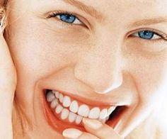 Зачем чистить зубы вечером: пять причин http://aspnova.ru/meditsina/zachem-chistit-zubyi-vecherom-pyat-prichin/  Многие знают, как важно чистить зубы утром, но не все понимают, зачем это делать вечером. Немецкие дантисты назвали ТОП-5 убедительных причин, которые должны заставить нас чистить зубы по вечерам, пишет Хроника.инфо со ссылкой на healthinfo.Профилактика кариеса. Чистка зубов перед сном не только предотвращает скопление бактерий, но также снижает риск появления кариеса, вызванного…