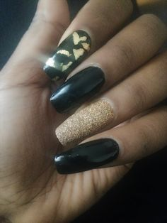 My nails Black and Gold @ongle4saisons