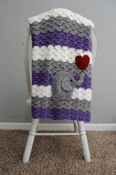 Crochet bebé manta  púrpura y gris  por TraedensTradingShop en Etsy