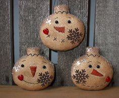 free images of christmas ornies to make   ... com ::. PatternMart: 3 Primitive Snowman Ornies - The SNOWFLAKES ~ tdp