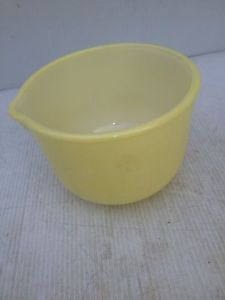 Vintage Yellow Sunbeam Mixmaster 6 inch bowl   by marcellassewing, $14.99