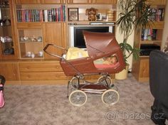 Retro Liberta s okénky - 1 Vintage Pram, Prams And Pushchairs, Baby Carriage, Baby Strollers, Retro, Nostalgia, Archive, Baby Buggy, Baby Prams