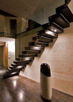 escaliers flottants avec rampe invisible en verre