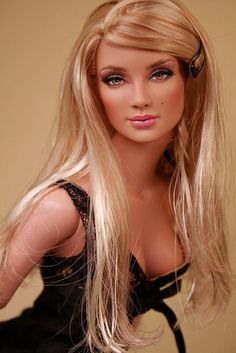 beautiful repaint - fashion art doll