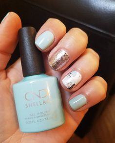 Spring nails Cnd shellac new spring color taffy.