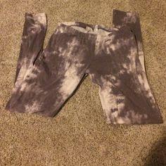 Tie dye leggings  MEDIUM Pants Leggings