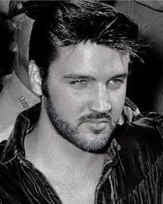 Elvis Presley Images, Most Handsome Men, Sexy Men, Memories, Face, Washington, Favorite Things, Happiness, King