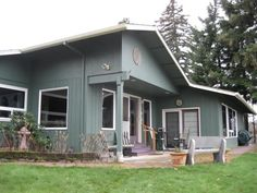 House vacation rental in Hood River from VRBO.com! #347889. Fire pit, no idea how close to town