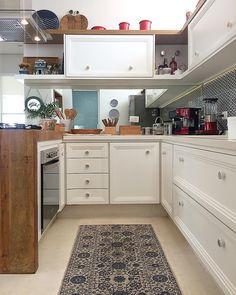 """1,180 curtidas, 16 comentários - Fernanda Pontelo (@fepontelo) no Instagram: """"Kitchen 💙 #homesweethome #decor #holiday"""""""