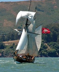 Royaliste is a 68' gaff-rigged, square topsail ketch built in 1971 in Nova Scotia.