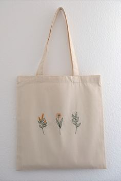 Iron On Embroidery, Embroidery Bags, Simple Embroidery, Embroidery Stitches, Embroidery Patterns, Handmade Bags, Sewing Projects, Creations, Tote Pattern