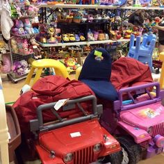 Our fall consignment sale is around the corner and we are continuing to receive lots of items from our consignors. Shop this weekend in Quakertown. See our website for all the details. theclothingtree.com #consignment #lehighvalley #quakertown #kids #moms #dads