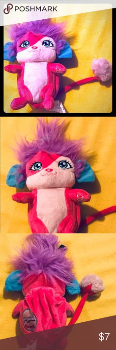 """Popple Plush Doll MUST bundle! Popple plush doll about 8"""" -12"""" inches high. You can roll it up in a ball and it pops open! Sometimes it needs help popping out! All three of my kids have them and they all seem to have the same issue. Sat in my daughters stuffed animal """"canaopy"""" gaming from the ceiling. Never played with! Please try to bundle. Popple Accessories"""