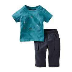 The shallows of South Africa team with swimming sea life. Set his imagination afloat with this tee plus bottoms.
