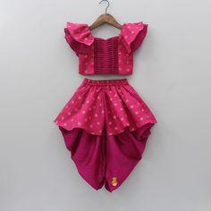 Girls Frock Design, Baby Dress Design, Kids Frocks Design, Baby Frocks Designs, Indian Dresses For Kids, Dresses Kids Girl, Kids Dress Wear, Kids Gown, Baby Girl Frocks