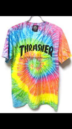 rainbow trasher t-shirt Tye Die Shirts, Tie Dye T Shirts, Cute Shirts, Tie Dye Tops, Tie Dye Crop Top, Tee Shirt Trasher, Thrasher Outfit, Tie Dye Hoodie, Dye Shirt