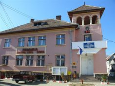 boita sibiu - Căutare Google Mansions, House Styles, Google, Home Decor, Mansion Houses, Room Decor, Mansion, Home Interior Design, Decoration Home