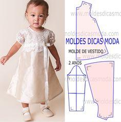 Depois de alguns pedidos de seguidoras hoje vou publicar um molde de vestido de criança 2 anos para imprimir. O molde está em pdf para facilitar o processo.