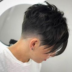 Short Pixie Haircuts, New Haircuts, Short Hairstyles For Women, Hairstyles With Bangs, Hairstyle Ideas, Pixie Hairstyles For Thick Hair Undercut, Punk Pixie Haircut, 1980s Hairstyles, Pixie Haircut Styles