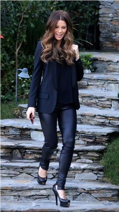 Cute all black outfit. Gorgeous hair. This would be perfect for cosmetology school!