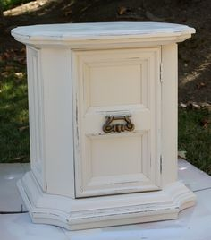 My painted and distressed mid-century Drexel end table (originally my grandparents'! The paint is Rustoleum's Heirloom White spray paint. White Spray Paint, Big Project, Grandparents, End Tables, Furniture Ideas, Decorating Ideas, Crafting, Mid Century, Creative