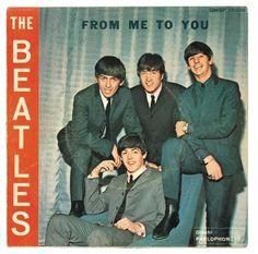 Music-Graffiti / The Beatles: All the cover sheets of the singles printed… Beatles Album Covers, Beatles Albums, Beatles Art, Music Albums, The Beatles, Stuart Sutcliffe, Ringo Starr, Paul Mccartney, John Lennon