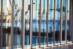 Glaswand Hamburger Hafen