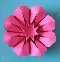 Corolla (variazione 1) | Tecnica: origami, con foglio unico … | Flickr