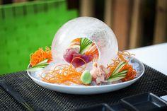 Spécialités venues de la mer mais aussi des plats issus de la cuisine moderne