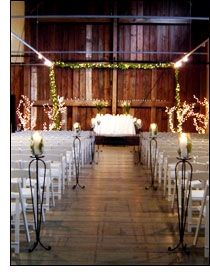 An awesome venue for large weddings- in Issaquah- Pickering Barn