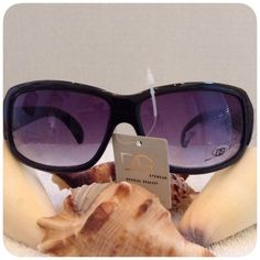 DG EyeWear   Everyone needs a great pair of glasses. Several pairs to match every mood and every style UVA and UVB protection . I'm sorry but I don't trade. Box4 DG Accessories Sunglasses