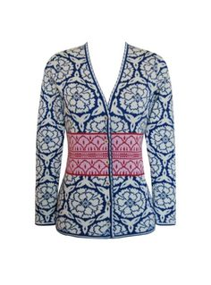 Honestly, I don't quite know how to begin thinking about an all over patterned sweater, but holy cats, this is gorgeous.