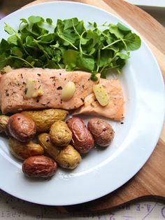 the BEST salmon recipe I've found: Italian White Wine Salmon