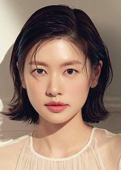 Check more Latest Soomin Korean Actress Hairstyles Picture kpop Haircut trends Kpop Short Hair, Short Hair Cuts, Jung So Min, Female Actresses, Korean Actresses, Korean Actors, Medium Hair Styles, Short Hair Styles, Dramas