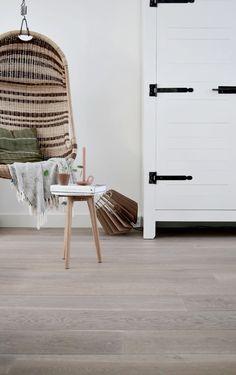 Vloer Amerongen van Hollandsche vloeren // styling and photography by Milou Nieuwenhuis