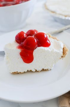 Fluffy Cheesecake With Philadelphia Cream Cheese, Sugar, Cool Whip Whipped Topping, Crumb Crust, Cherry Pie Filling cheesecake recipe Fluffy Cheesecake Recipe Kraft No Bake Cheesecake, Whip Cheesecake, Cream Cheese Cheesecake, Fluffy Cheesecake, Cream Cheese Pie, Baked Cheesecake Recipe, Plain Cheesecake, Cheesecake With Whipped Cream, Healthy Cheesecake