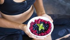 In der Yoga-Ernährung geht es weder ums Kalorien zählen, noch ums Abnehmen: Hier zählt allein die Wirkung der Lebensmittel auf den Körper.