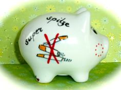 Glücksschweinchen - Sparschwein Nr. 119 Zigaretten - ein Designerstück von MM-Bastelparadies bei DaWanda Piggy Bank, Etsy, Save My Money, Crafting, Money Box, Money Bank, Savings Jar