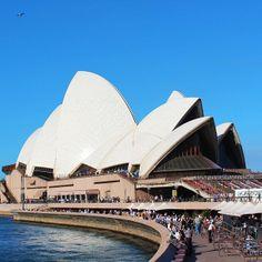 Sydney Opera House by Tarinoita Maailmalta travel blog